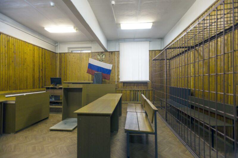 Участкового-«псевдоинвестора» из Волгоградской области отправили в тюрьму