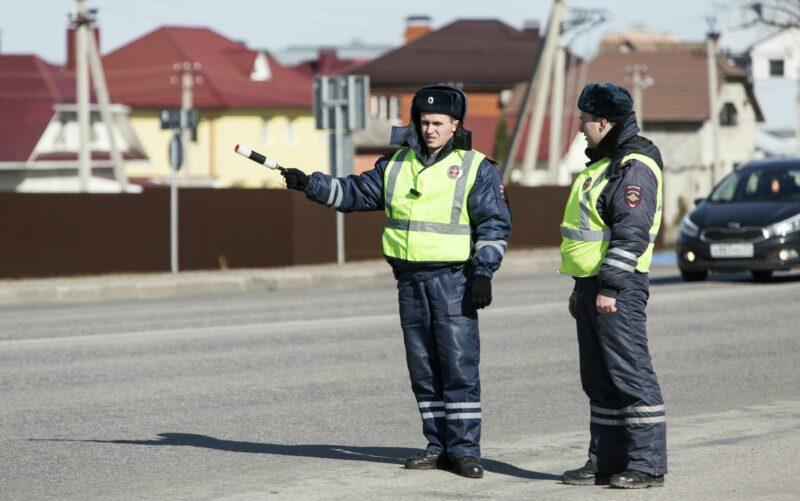 В Волгограде задержали водителя с фальшивым водительским удостоверением