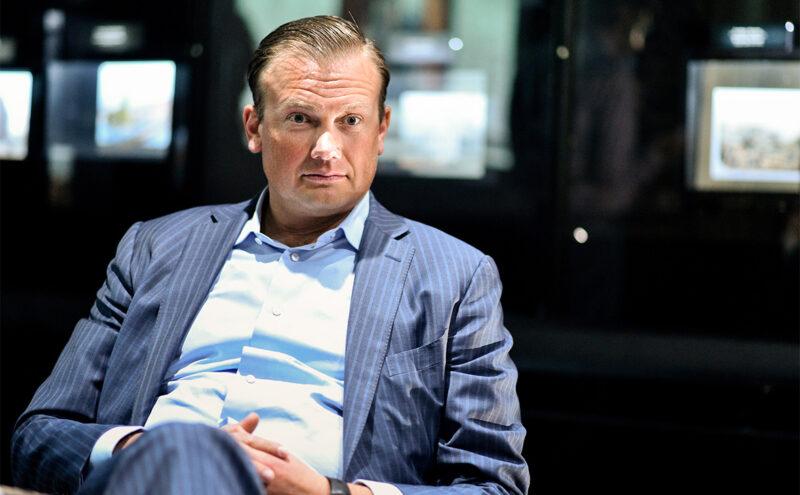 """Суд обязал """"Новую Газету"""" удалить материал о сыне экс-главы РЖД"""