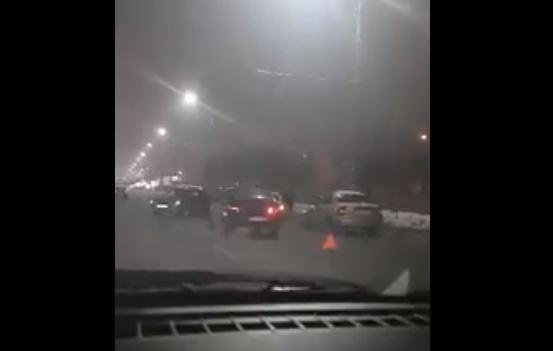 На проспекте Жукова произошло массовое ДТП вечером в воскресенье