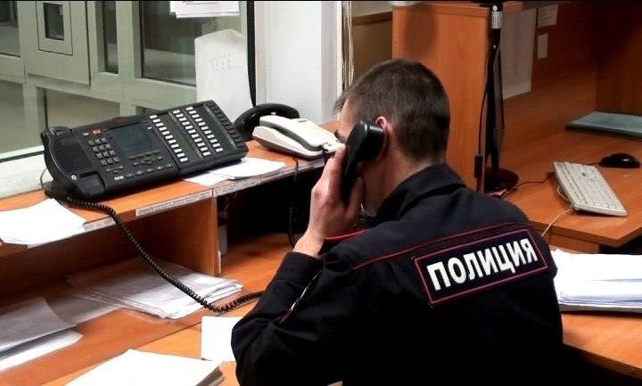В Волгограде полицейские разыскивают мужчину в черном