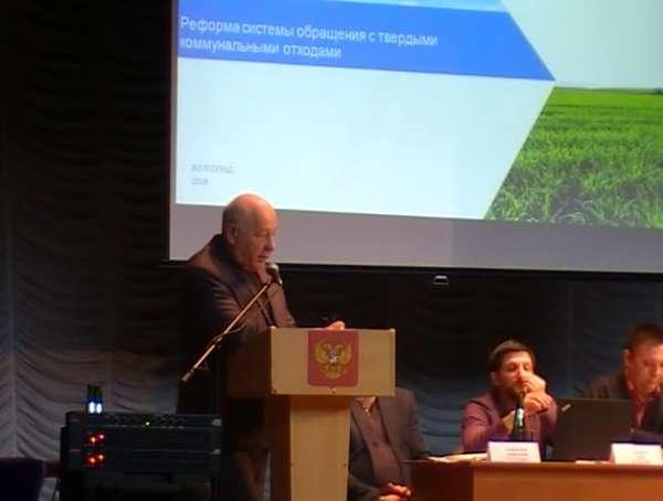 Депутат Облдумы Николай Свиридов объяснил жесткую критику в адрес мусорного регоператора