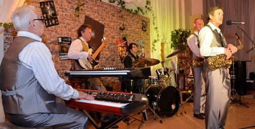 14 февраля в Волгограде сыграют «Джаз для двоих»