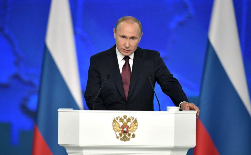 «Успеха мы обязательно добьемся»: Как отразится послание президента на жизни в стране. Мнение экспертов