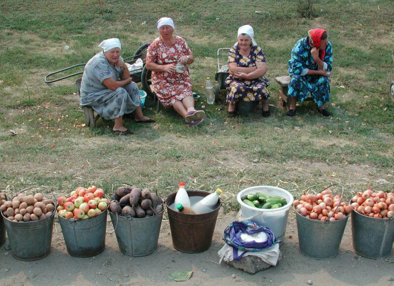 Минтруд озаботился продлением рабочего дня миллионам россиянок