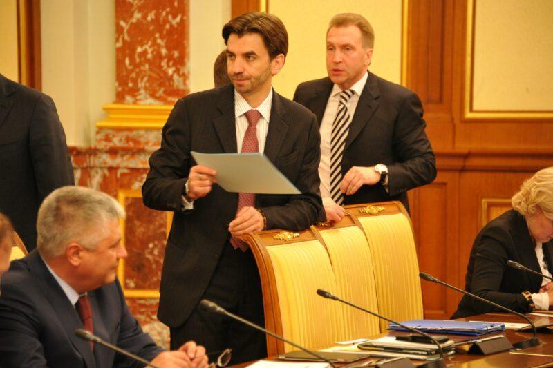 В Москве за хищение 4 млрд задержали экс-министра Михаила Абызова