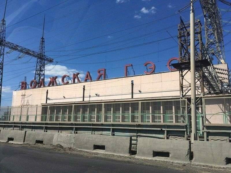 На ремонтирующейся дороге на Волжской ГЭС провели выездное совещание