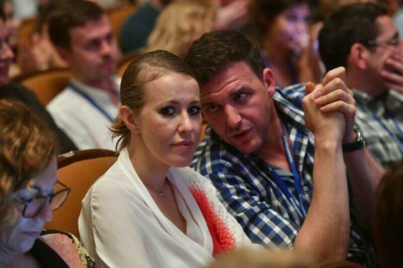 Собчак и Виторган официально объявили о разрыве