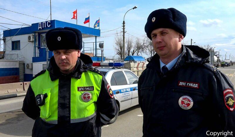 «Медлить было нельзя». Волгоградские полицейские рассказали, как спасали маленького ребенка