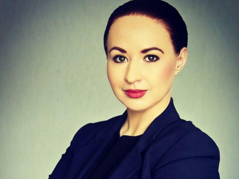 28-летняя домохозяйка победила на выборах мэра в российском городе