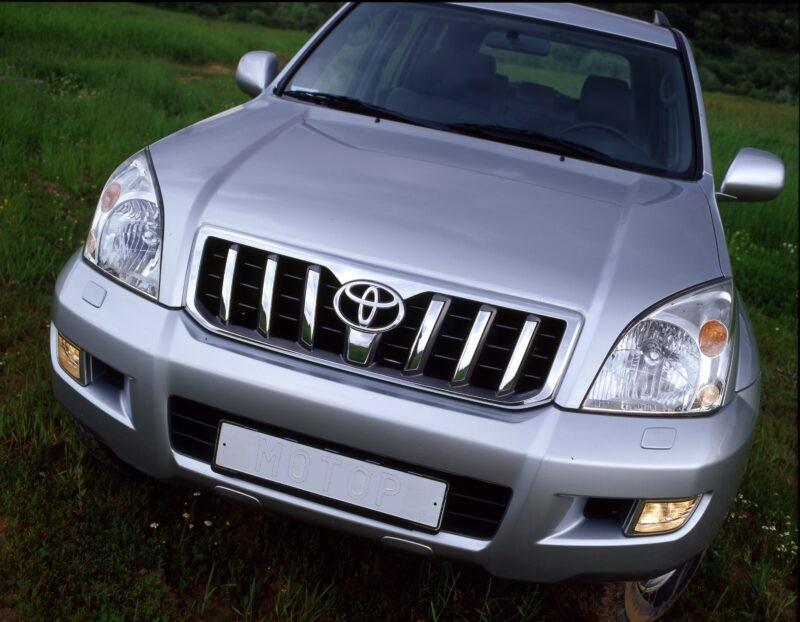«Наездила»: у волгоградки изъяли Land Cruiser Prado из-за неоплаченных штрафов ГИБДД