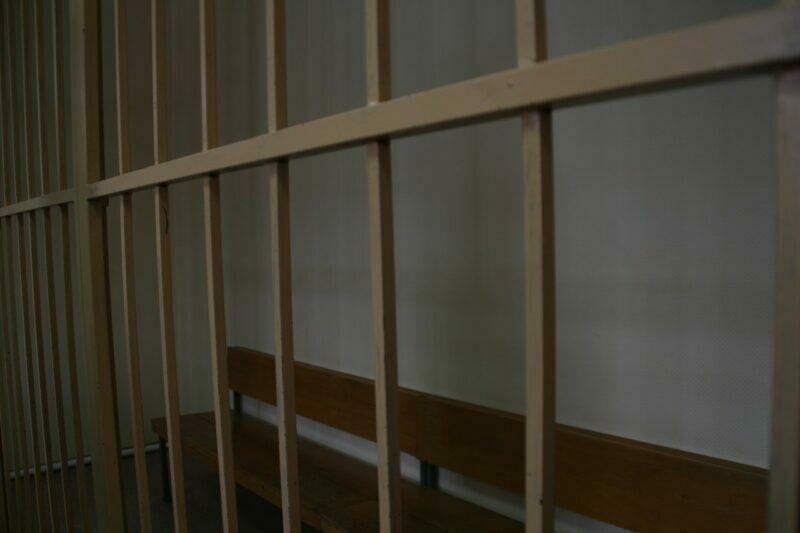 В Волгограде фигуранта дела об убийстве пенсионерки оставили в СИЗО