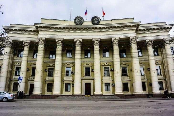 Волгоградская областная Дума огласила повестку на 23 апреля