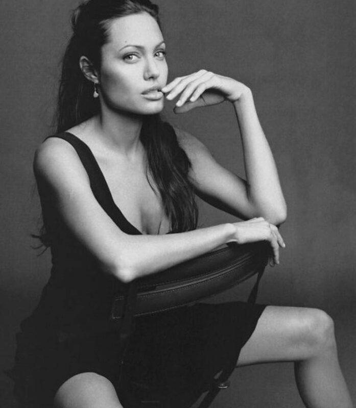 У Анджелины Джоли диагностировали паралич Белла