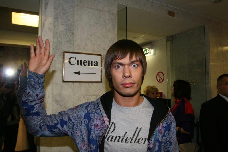 СМИ: в наркологической клинике Стаса Пьехи умер пациент