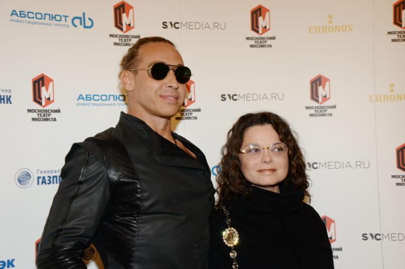 «Мокрые истории»: Наташа Королева с Тарзаном сняли эротический фильм