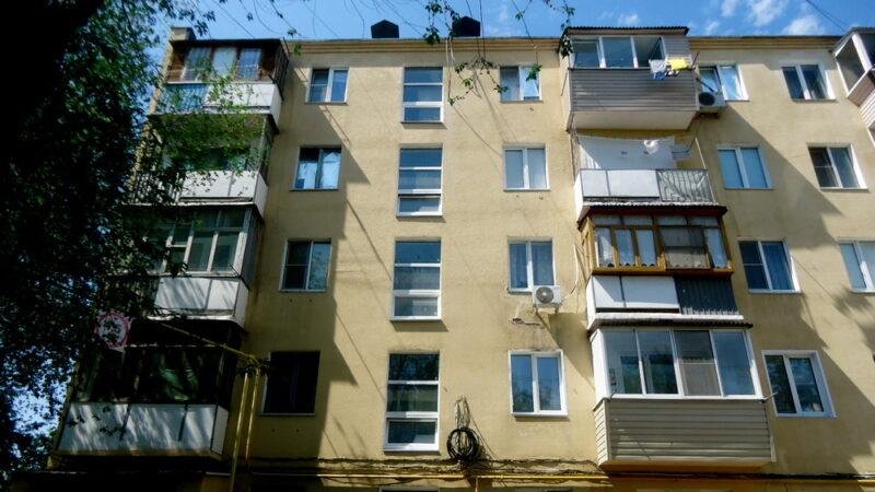 Управляющая компания вернула жителям Волжского переплаченные средства за ЖКУ