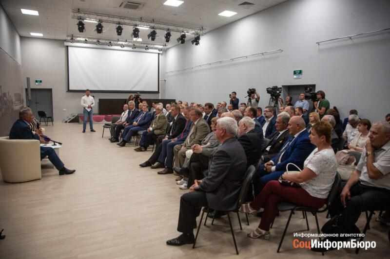 В Волгограде состоялось заседание инициативной группы по выдвижению Андрея Бочарова на новый срок