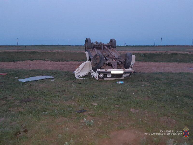 В хуторе Веселый водитель «Нивы» впал в кому