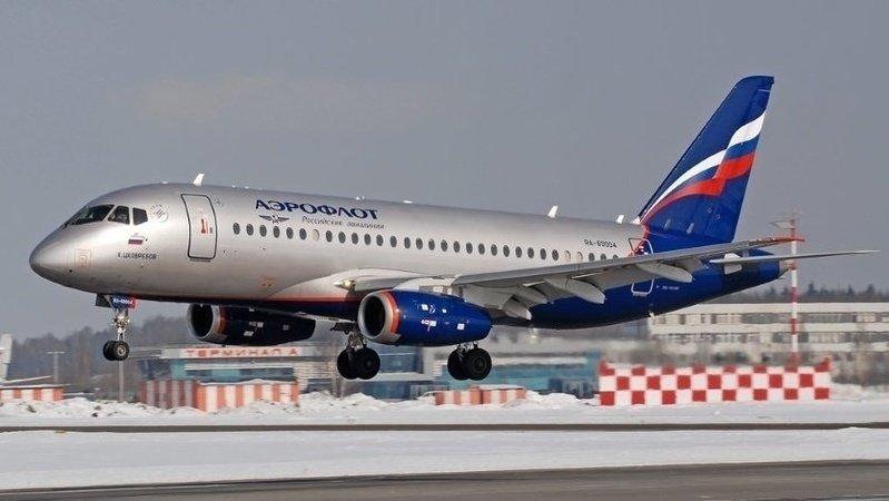 В Шереметьево из-за запаха гари высадили пассажиров самолета SSJ-100