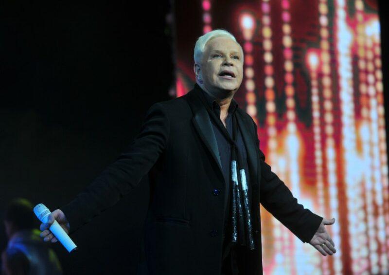 «Все нормально»: Директора Бориса Моисеева прокомментировали слухи о «смерти» артиста