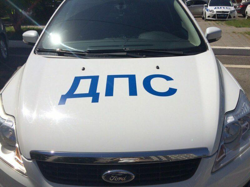 В Волгограде большегруз повредил пять машин и скрылся