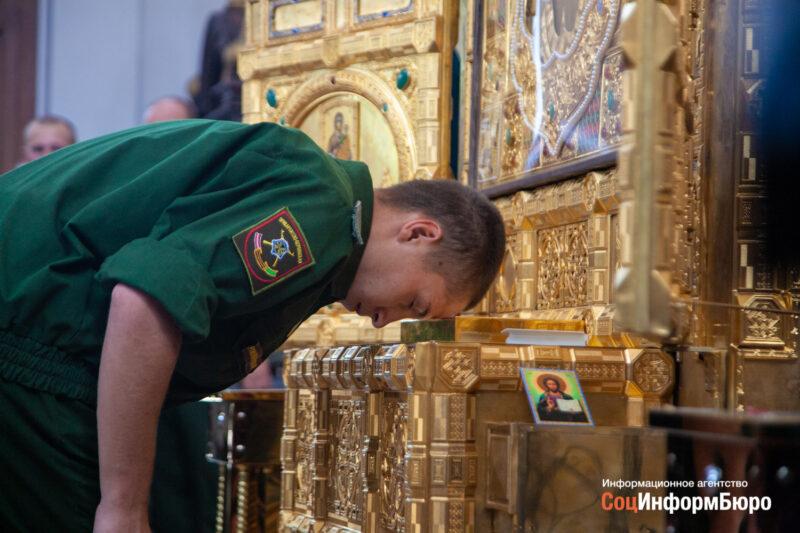 «Спасу Нерукотворному» поклонились уже 65 тысяч православных россиян
