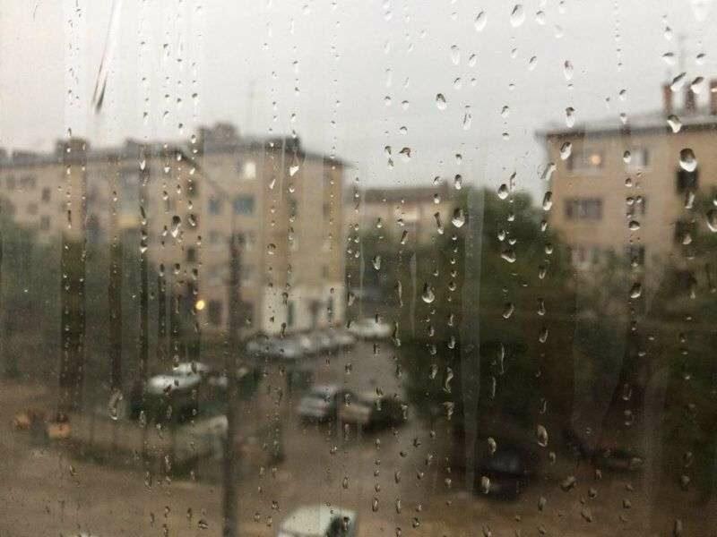 На Волгоград надвигается очередная гроза