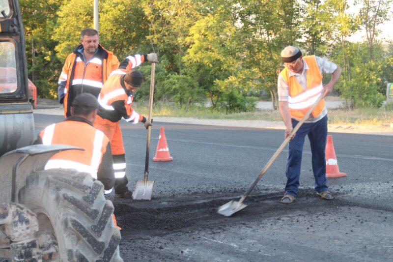 Подрядчик приступил к строительству дороги по ул. Хорошева