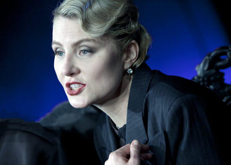 «Какая я страшная. Боже мой»: Рената Литвинова раскритиковала свою внешность