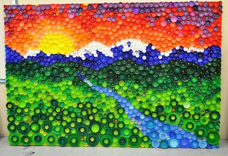 «Искусство против пластика»: на фестивале «Берег» соберут панно из пластиковых крышек