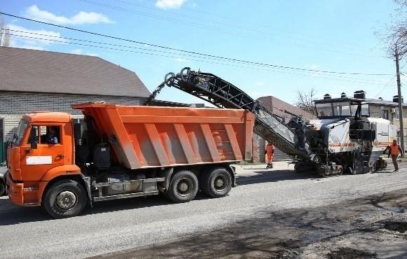 На улице Автотранспортной продолжается дорожный ремонт