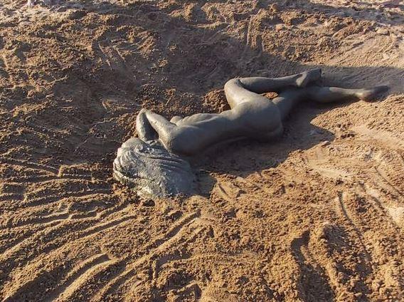 Как живая!: Волгоградцы на Бобрах слепили «загоревшую Валю»
