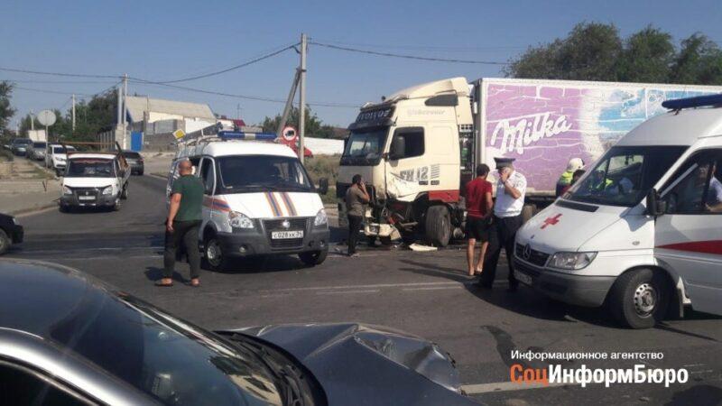 Стали известны подробности массовой аварии в Ворошиловском районе