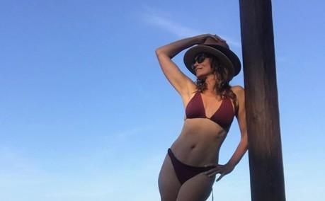53-летняя Синди Кроуфорд показала идеальную фигуру в Сети