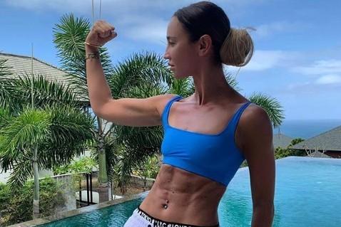 33-летняя Ольга Бузова раскрыла секрет стройной фигуры