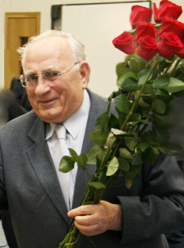 Автор энциклопедии «Сталинградская битва» Максим Матвеевич Загорулько отмечает 95-летие