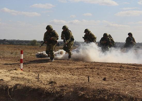 В регионе военнослужащие ЮВО освободили захваченный поселок