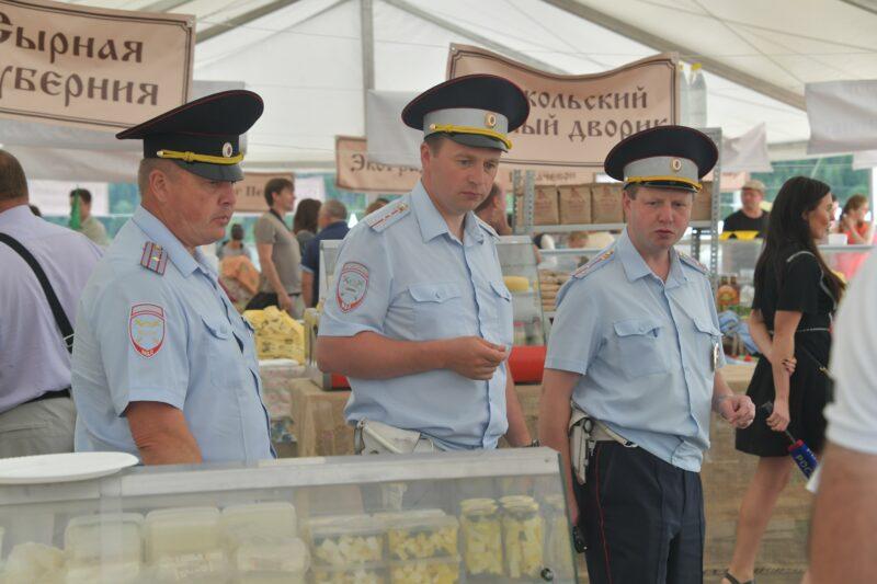Российским полицейским хотят разрешить объявлять гражданам предостережения