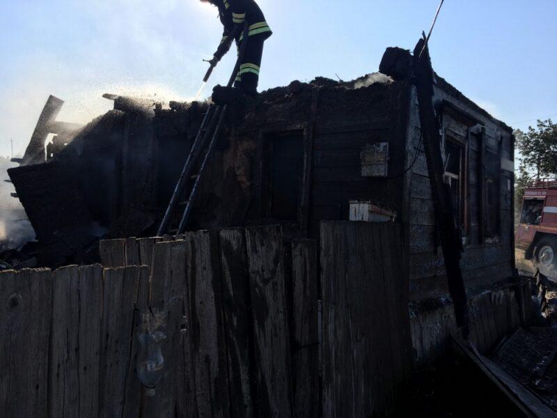 В страшном пожаре в селе Песковатка пострадали люди