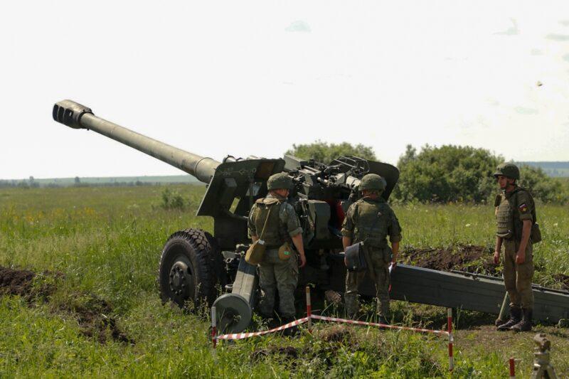 На полигоне под Волгоградом артиллеристы устроят дуэли