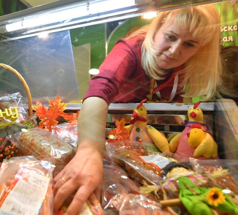 Волгоградцы купили продуктов на 120 миллиардов