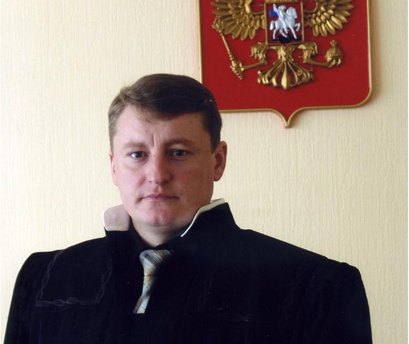 В Волгоградской области председатель суда скончался, упав в овраг на квадроцикле