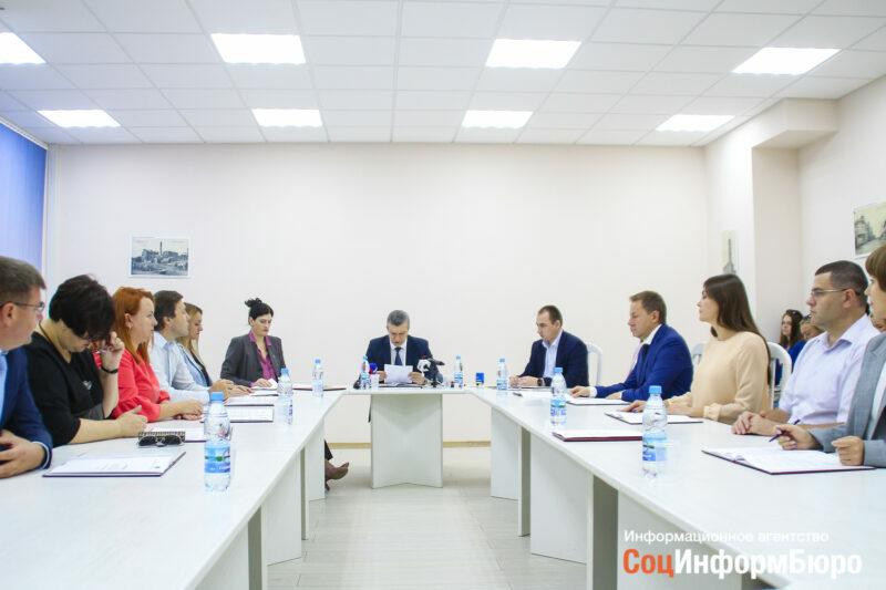 Стало известно, сколько заработали волгоградские политические партии за второй квартал 2019 года