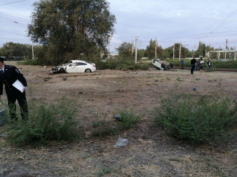 Очевидцы: перестрелка в караоке в Волжском закончилась смертельным ДТП
