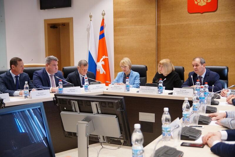 Волгоградская областная Дума согласовала кандидатуры руководителей региональных ведомств, курирующих сферу строительства и ЖКХ