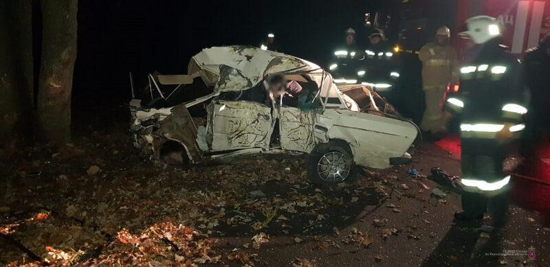 В страшной аварии в Михайловке погибли сразу четверо молодых людей
