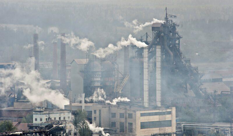 Волгоградские эксперты высказались относительно введения в России «углеродного сбора»