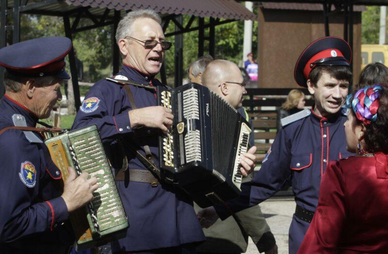 Жителям Волгограда предлагают погрузиться в атмосферу казачьей культуры