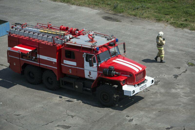 СМИ сообщают о троих погибших при пожаре в Волгограде